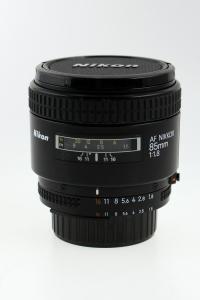 Nikon-AF-85