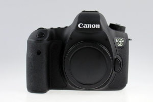 Canon EOS 6D (Less than 500 actuations!)