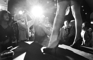 LAVISH LOUNGE FASHION SHOW © 2011 JAMIE COTTEN